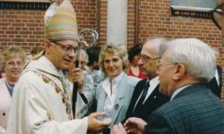 Weihbischof Weider Nach Einem Festgottesdienst