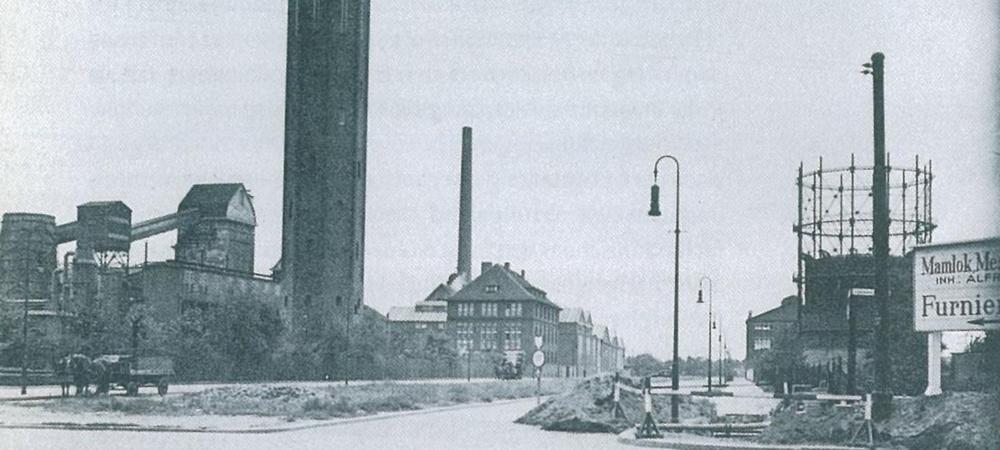 Furnierwerk Karlshorst (anno 1934) von der Köpenicker Chaussee aus gesehen